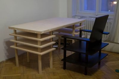 Prototype van design bureau en stoel